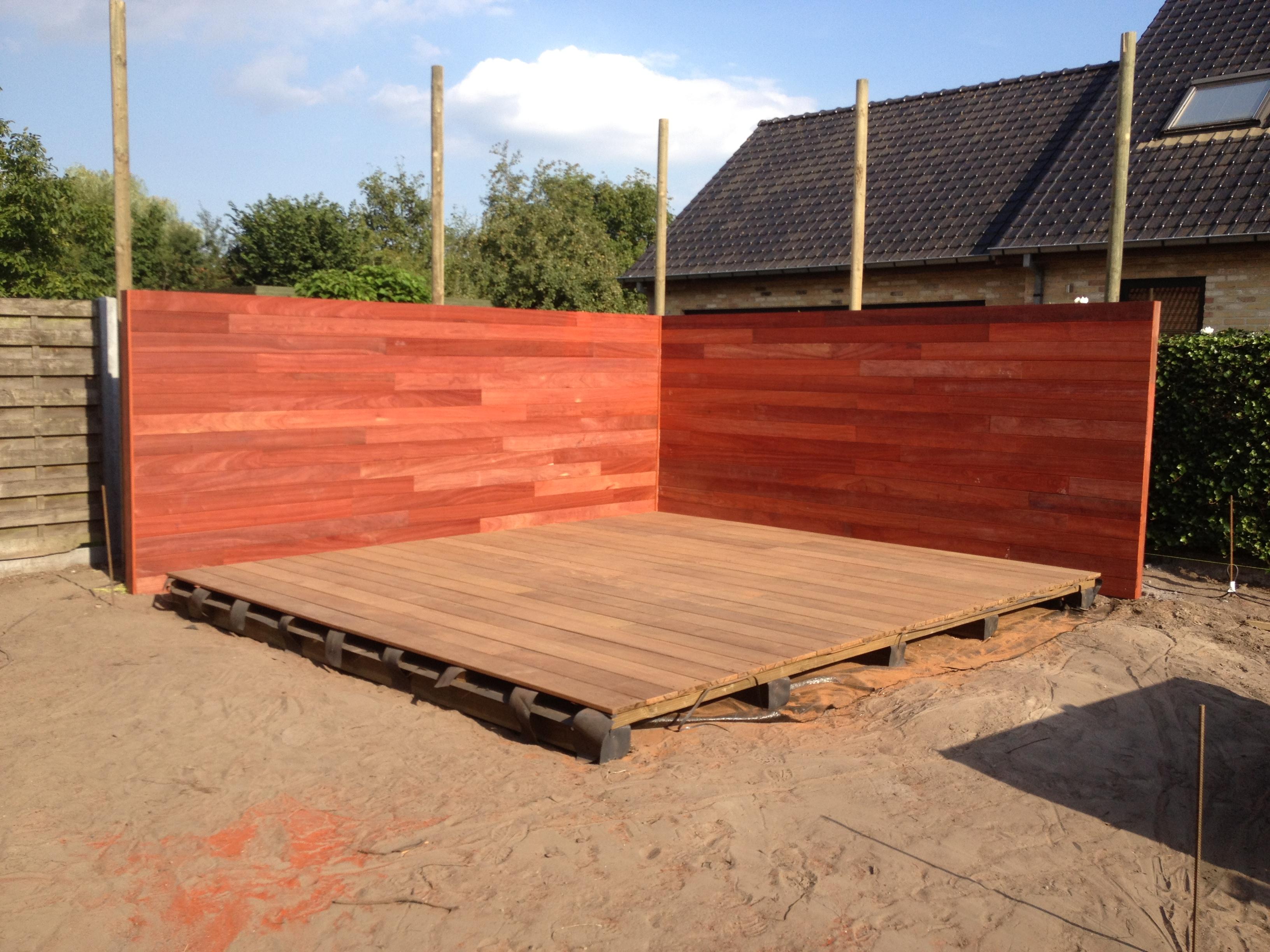 Groenproject in opbouw te zulte de telder tuinen - Zwembad terras hout photo ...